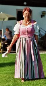 dirndl traje tipico austria