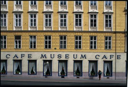 cafe museum1