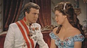 Romy Schneider y Karlheinz Böhm en la película Sisi Emperatriz