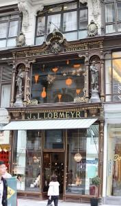 J L Lobmeyer