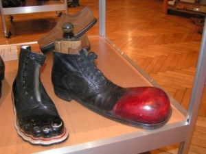 Algunos de los zapatos expuestos en el museo
