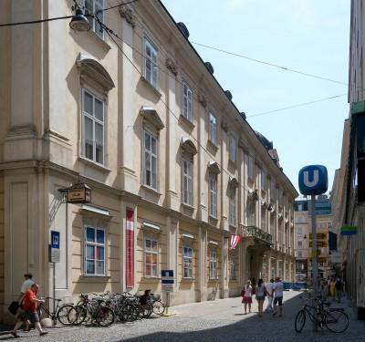 Palais_Esterhazy_Viena