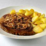 Zwiebelrostbraten, carne asada con cebollas